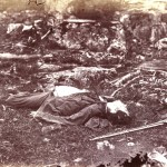 "A Confederate sharpshooter lies dead in the ""Devils Den"" (July 1863, Alexander Gardner, photographer; Library of Congress)"