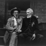 Former foes meet at the Gettysburg anniversary reunion in 1913 (Library of Congress)