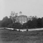 The Gettysburg Theological Seminary was used as a hospital both during and after the battle (c.1868-1880, Tipton & Myers, publishers; Library of Congress)