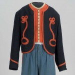 Wool Zouave-style short jacket worn by men of the 10th New York Volunteer Infantry. It has no collar or buttons, and was worn with blue trousers. (Gettysburg National Military Park)
